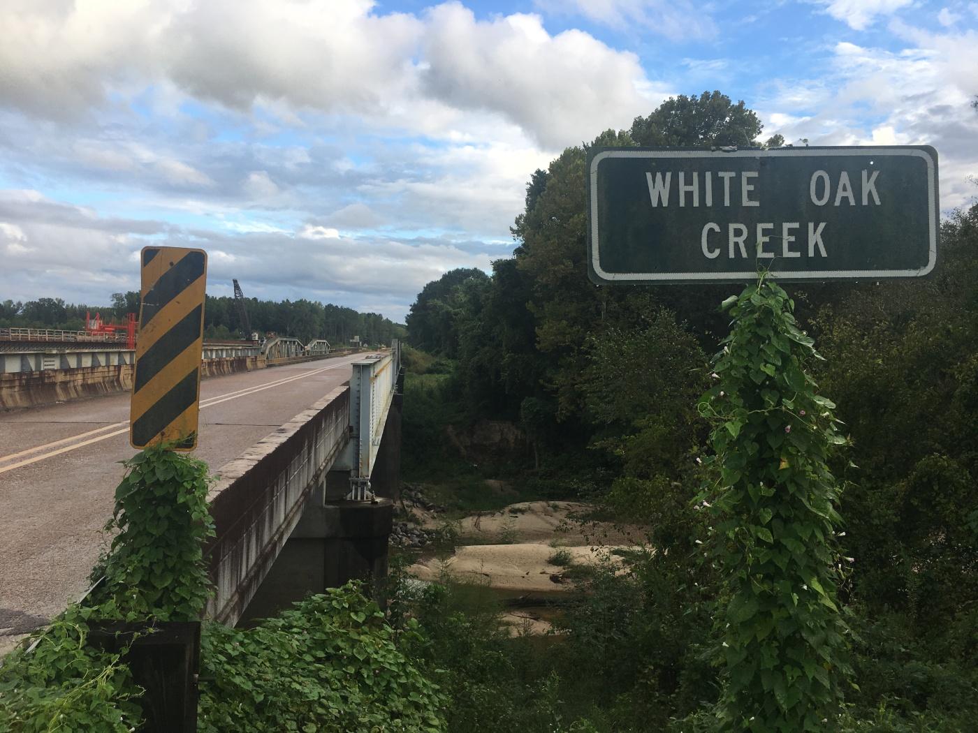 image of the White Oak Creek bridge on Highway 18